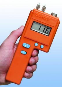 Delmhorst J2000W-CS Digital wood moisture meter with carrying case, MC 6 – 40%